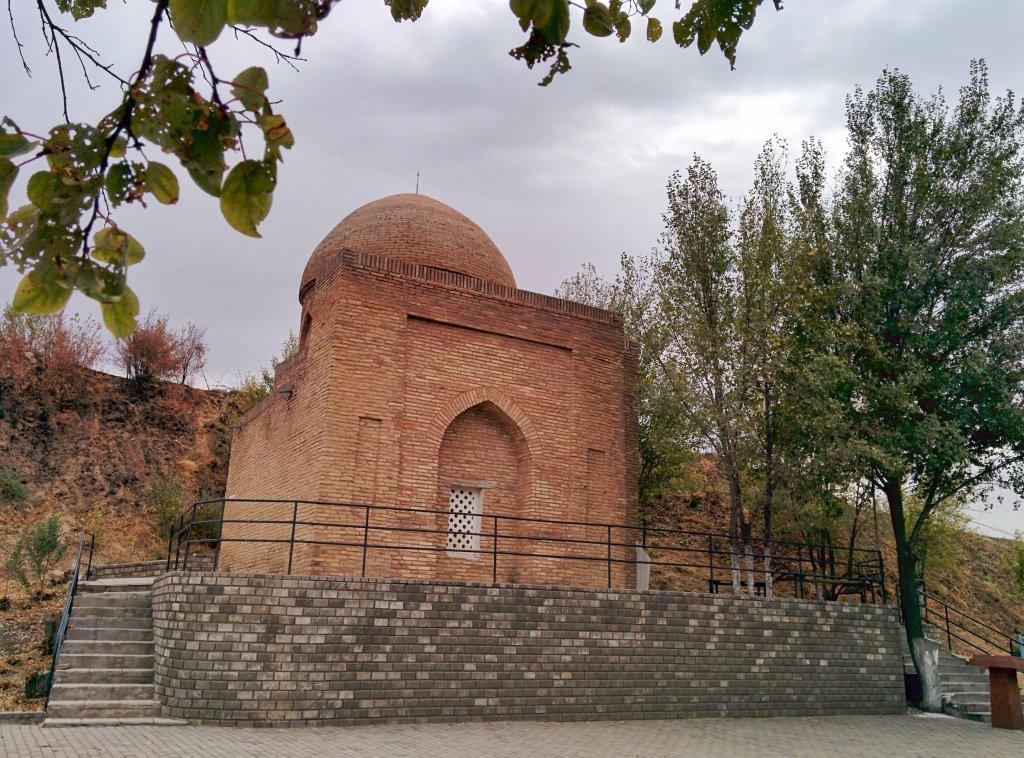 Info Shymkent - Mausoleum of Ibragim Ata in Sayram