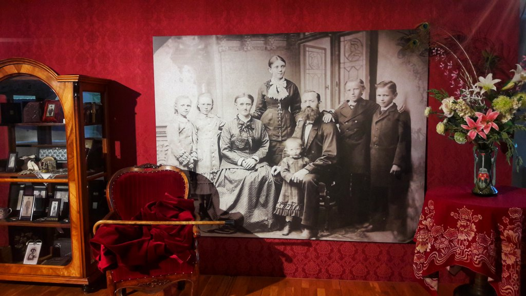Info Shymkent made picture of photo museum.