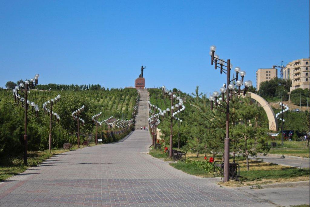 Info Shymkent - Bajdibek Monument