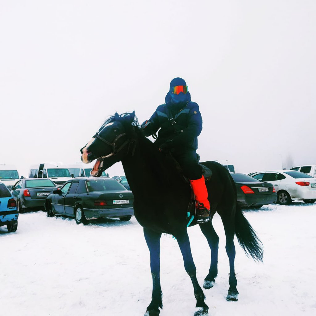 Info Shymkent - Guide Erzhigit is also a great horse rider, biker and hiker.