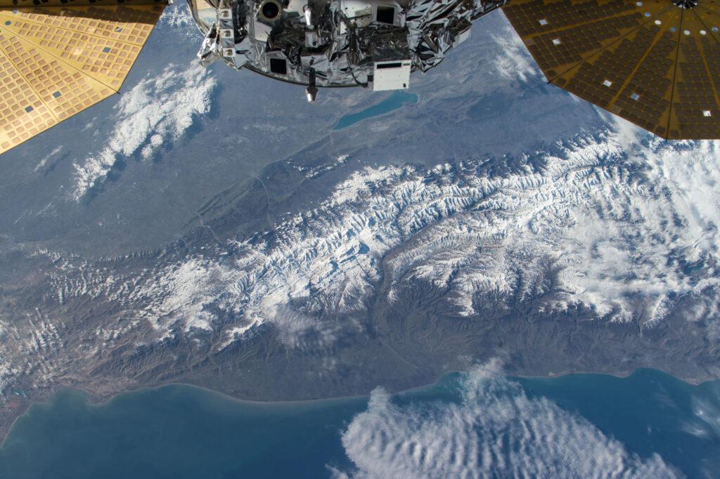 Info Shymkent - Caucasus seen from ISS (Image: NASA)