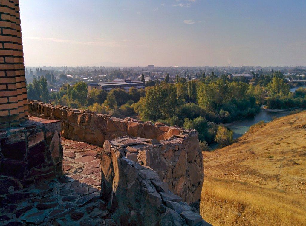 Info Shymkent - View from the Tekturmas Mausoleum to Taraz