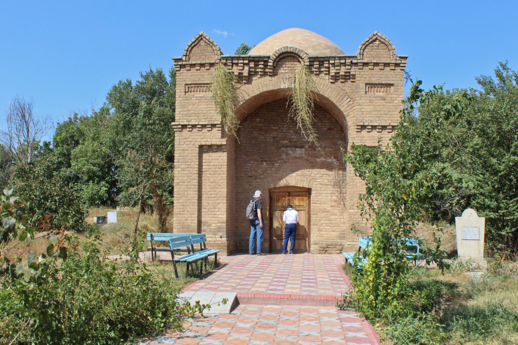 Info Shymkent - Mirali Baba Mausoleum in Sairam