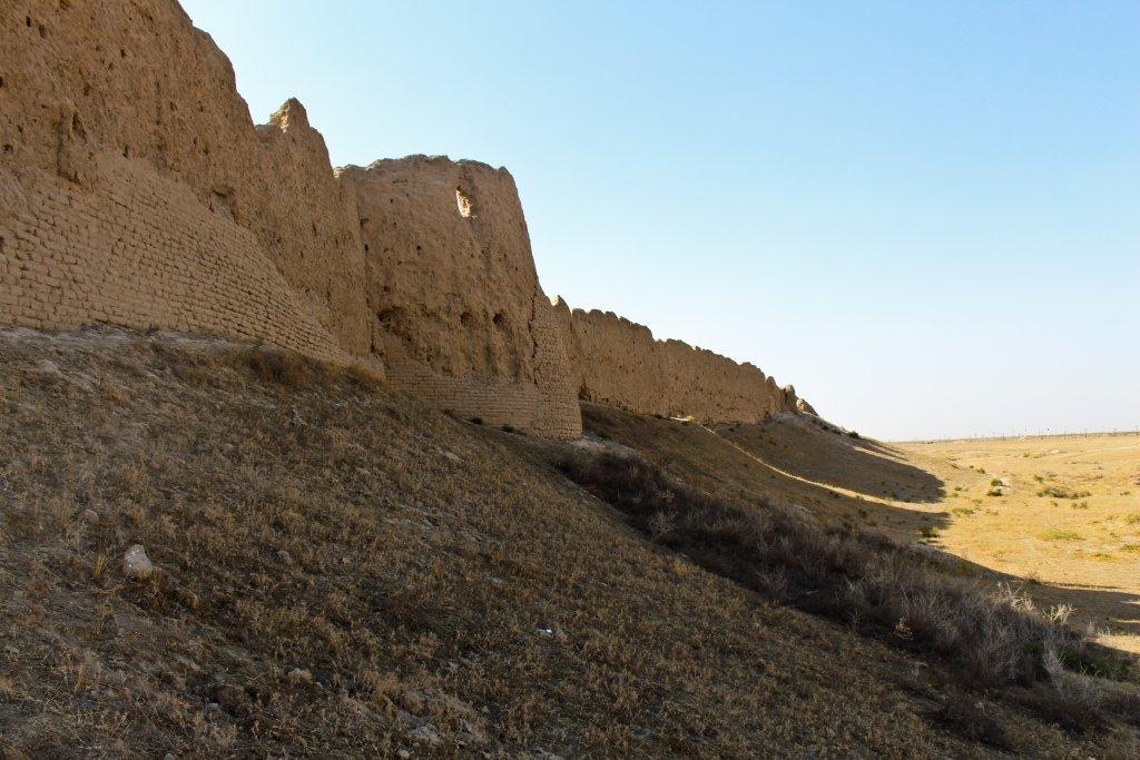 Info Shymkent - Walls of ancient city Sawran