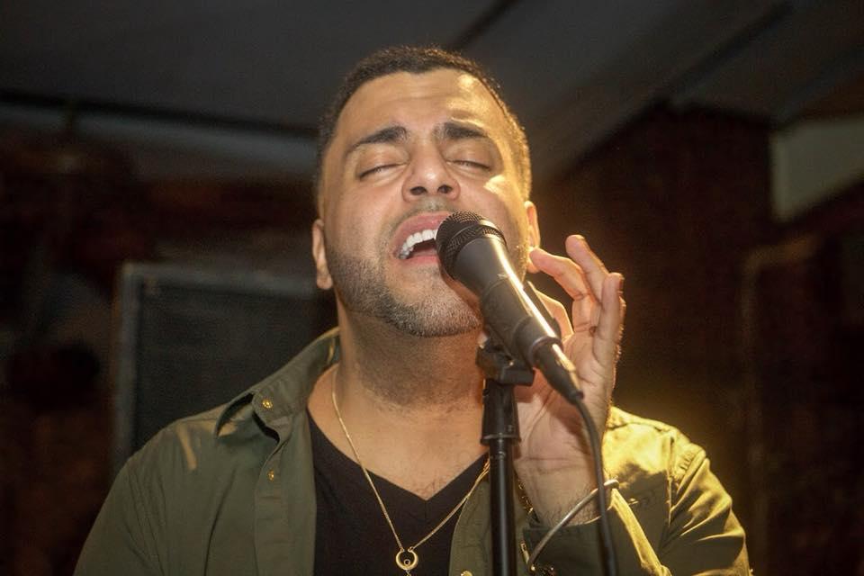 Info Shymkent - David Sosa from New York singing on Stage