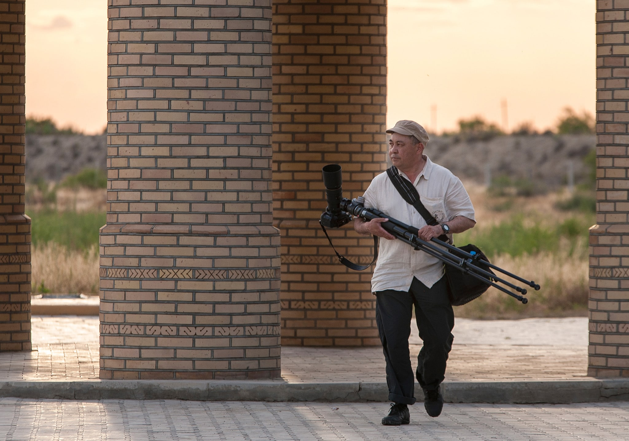 Info Shymkent - National Geographic Photographer Yerbolat Shadrakhov from Kazakhstan at work