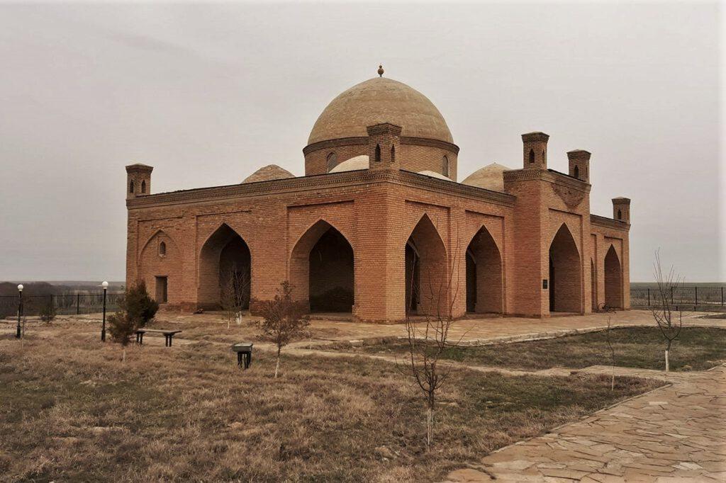 Info Shymkent - Ishan Bazaar Mosque in South Kazakhstan (Image: Islam Kalani)