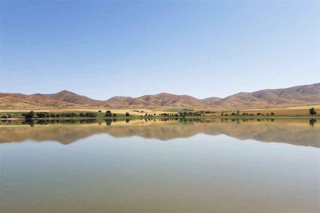 Info Shymkent - Beautiful lake in the Karatau Mountains (Image by guide Islam Kalani)