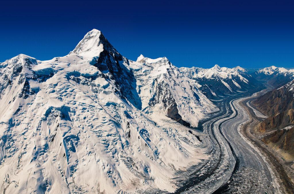 Info Shymkent - Kazakhstan's highest peak Khan Tengri and glaciers shoot by Farhat Kabdykairov