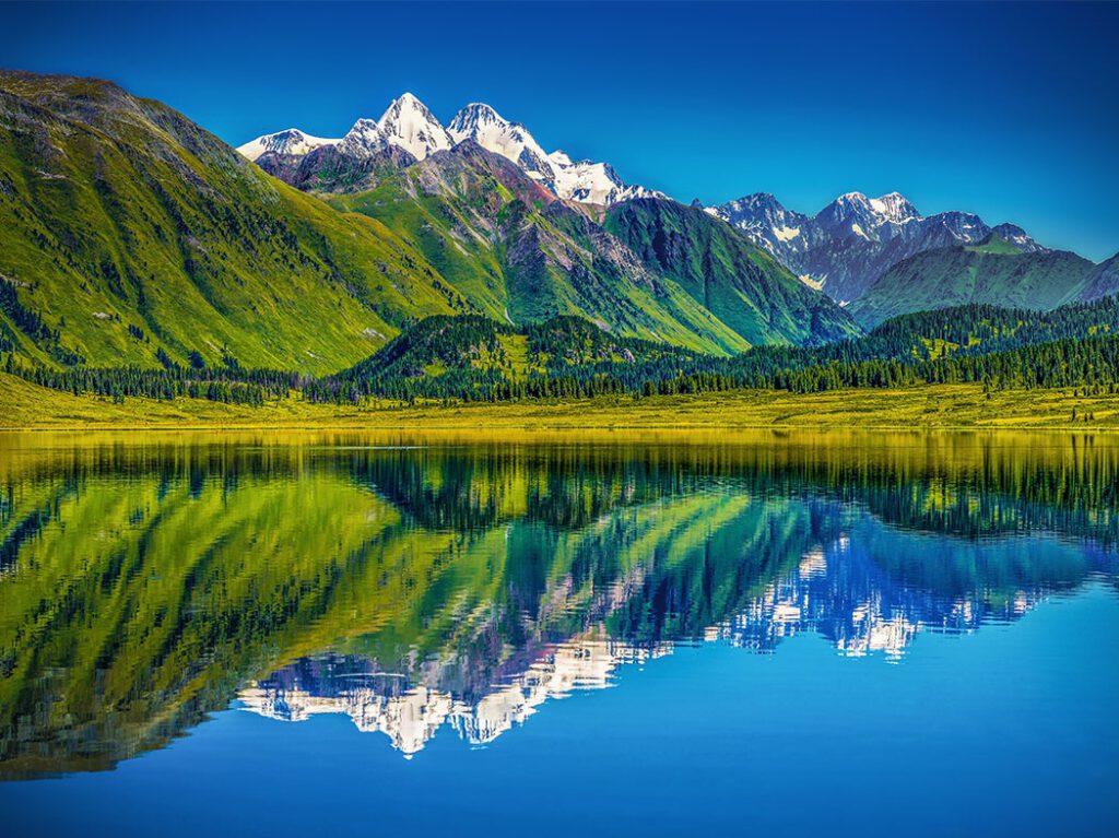 Info Shymkent - Impressive mountain landscape of east Kazakhstan (Image: Farhat Kabdykairov)
