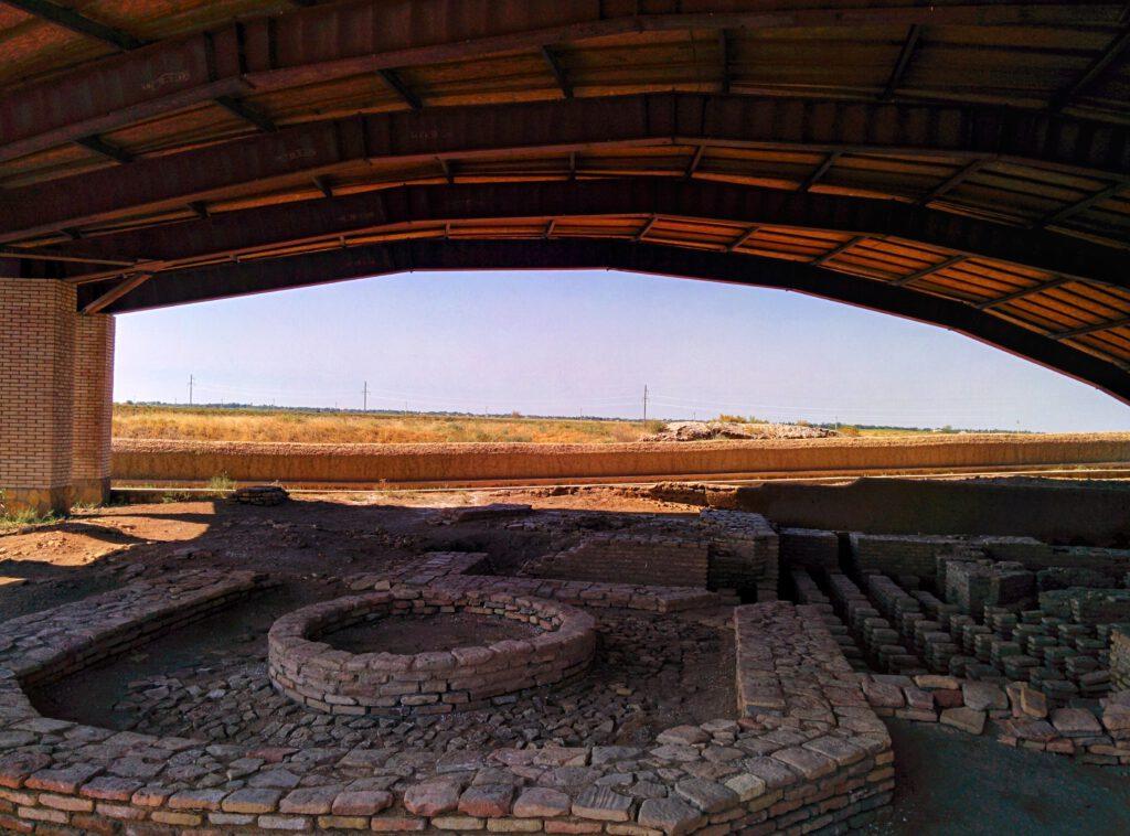 Info Shymkent - Bath house of ancient city Farab (Otrartobe) in Kazakhstan