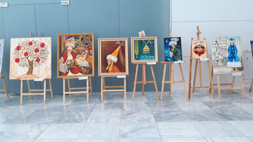 Info Shymkent - Art gallery with paintings from Kazakh artist Aisulu Almasbayeva