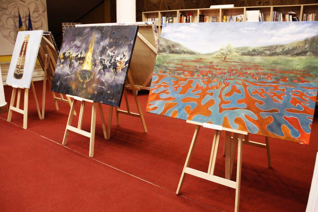 Info Shymkent - Three pieces of art by Kazakh artist Alua Tebenova in a art exhibition in Romania