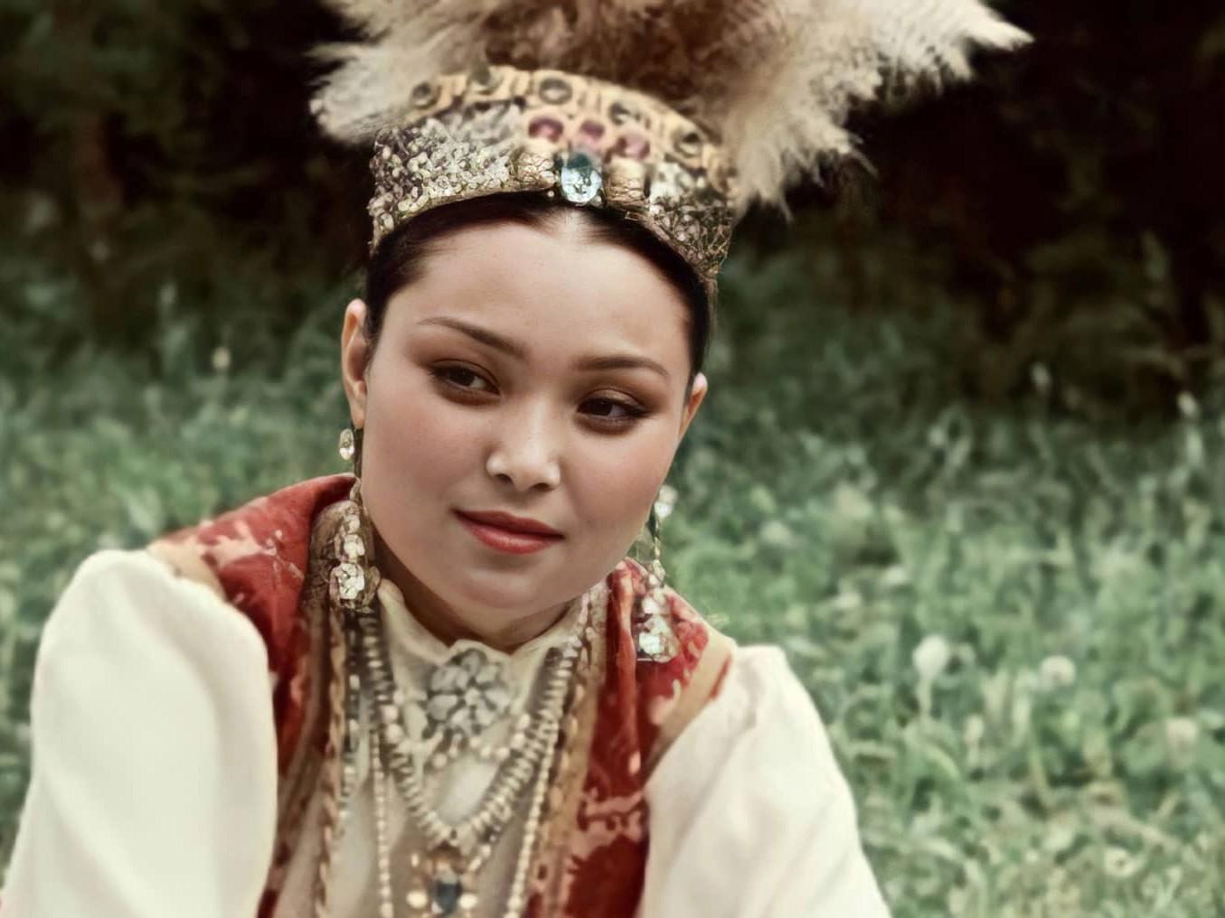 Info Shymkent - Famous Kazakh People for example Opera Singer Roza Baglanova
