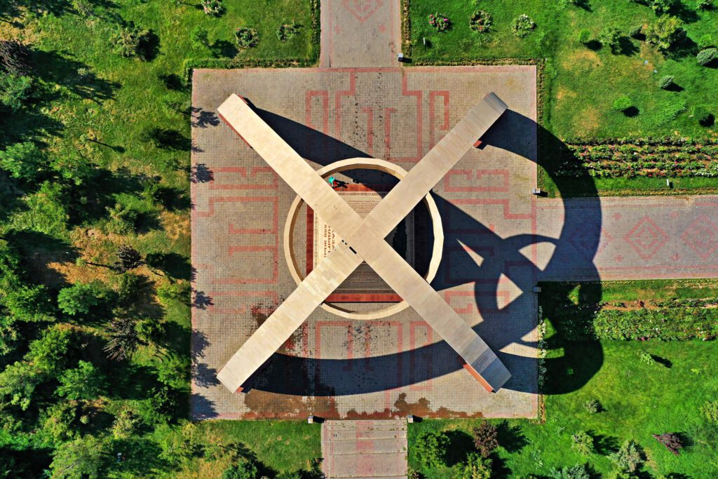 Info Shymkent - Shymkent from Above - Monument 550th Anniversary Kazakh Khanate