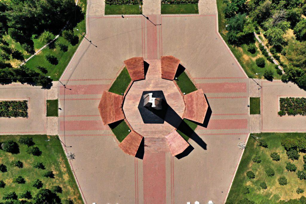 Info Shymkent - World War II memorial - Eternal Flame
