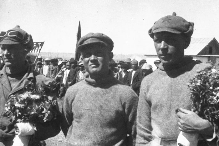 Info Shymkent - First Kazakh Group who climbed Khan Tengri
